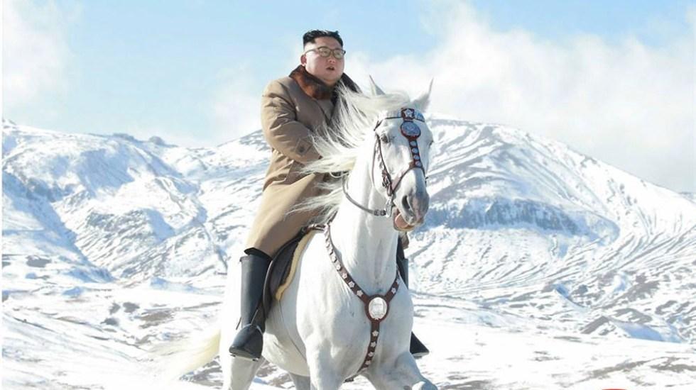 Revelan fotos de Kim Jong-un a caballo en monte sagrado - Kim Jong-un caballo