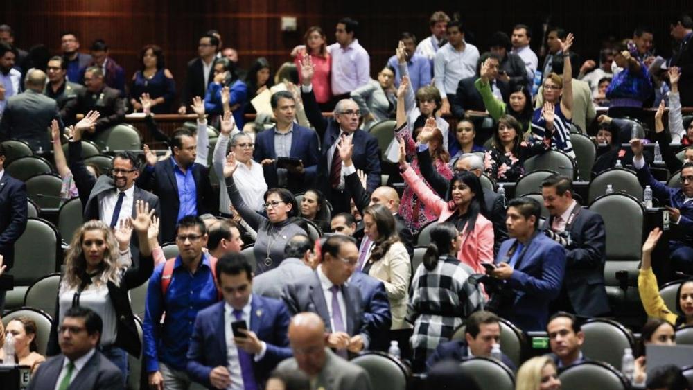 Avalan diputados que ningún funcionario gane más que el presidente de la República - Cámara de Diputados