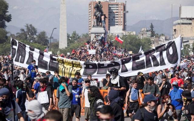 España ofrece acoger cumbre del clima COP25 que canceló Chile por protestas - Chile Manifestaciones disturbios