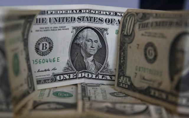 Dólar se cotiza en precio récord en Argentina de cara a elecciones - Dólar estadounidense. Foto de EFE