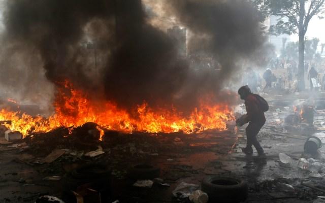Imponen toque de queda y militarización en Ecuador - Foto de EFE
