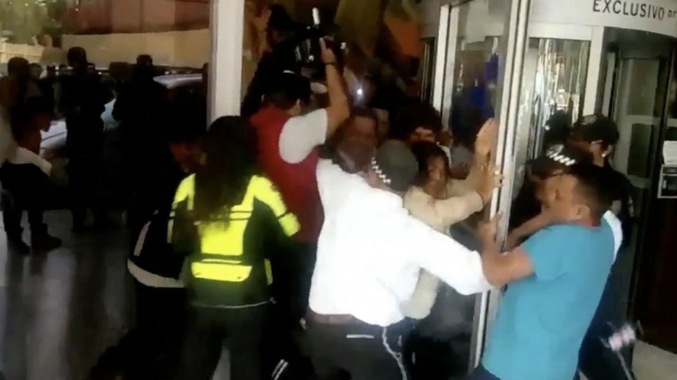 Secretaría de Salud lamentó violencia durante protesta en Hospital General - Foto de @OpEsMx