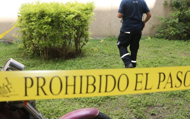 Identifican 113 cuerpos en fosa clandestina en El Salto - IJCF Jalisco cuerpos escena del crimen
