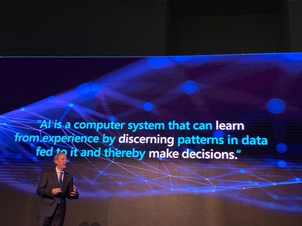 Inteligencia Artificial impulsará productividad laboral en México hasta 6.4% - Brad Smith, Presidente de Microsoft.