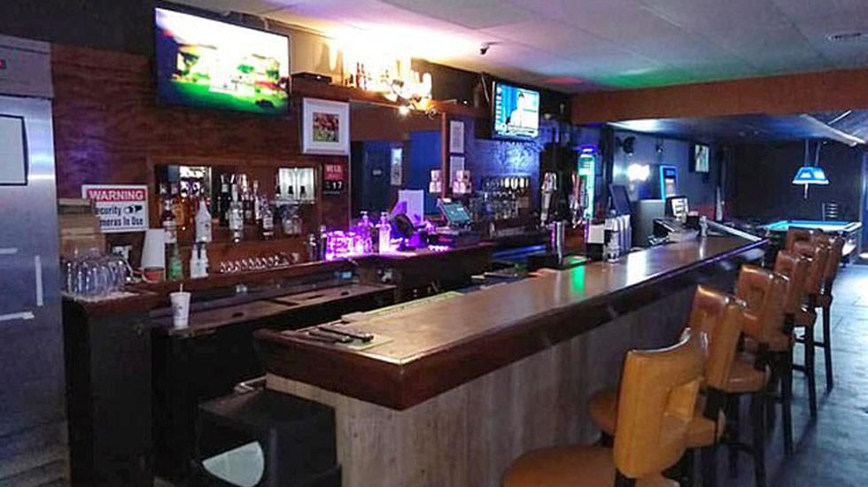 Descartan crimen de odio en tiroteo de Kansas - Interior del bar Tequila KC. Foto de Facebook