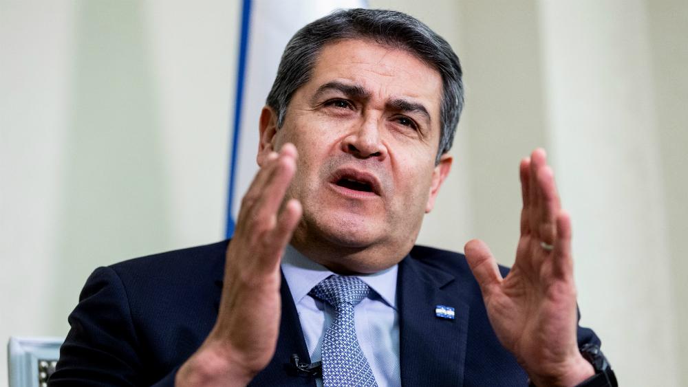EE.UU. asegura que el presidente de Honduras colaboró con supuesto narco - Foto de EFE