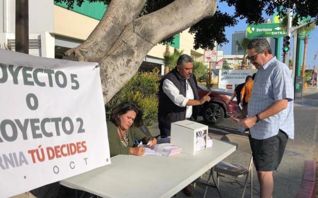 Falta tinta indeleble en consulta para ampliación de mandato en Baja California - Foto de Milenio