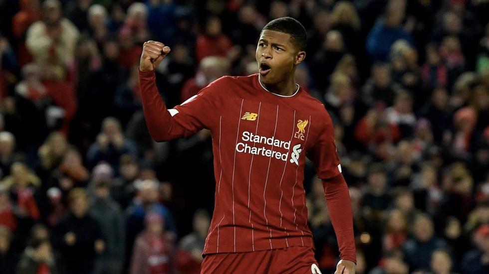 Liverpool avanza a cuartos de final de Copa de Liga de Inglaterra - Liverpool futbol partido Arsenal 2
