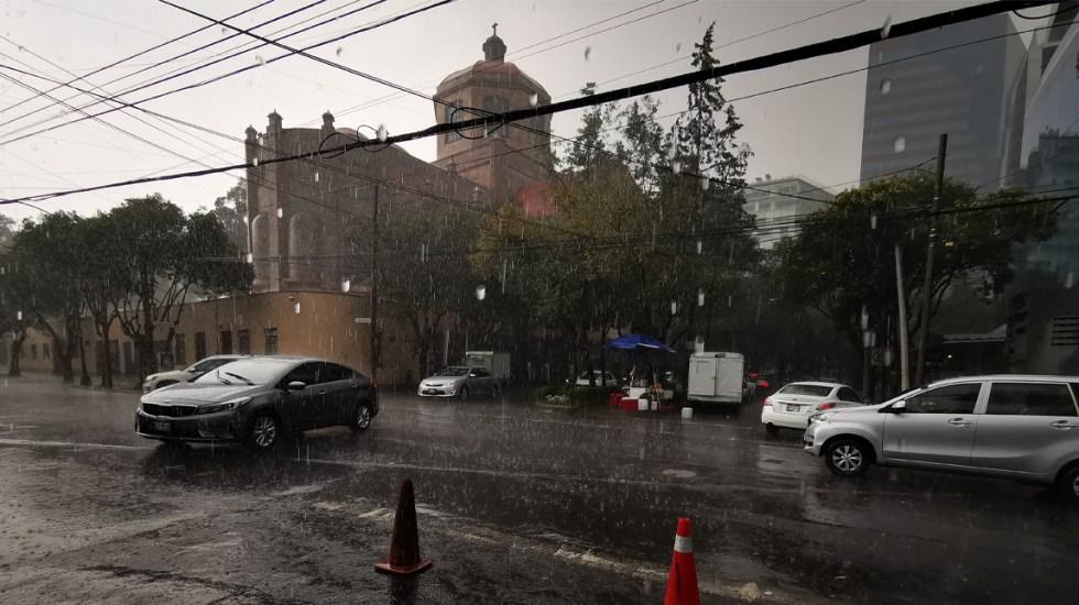 Alertan por lluvias y viento en el Valle de México para la noche de este viernes - Lluvias en la Ciudad de México