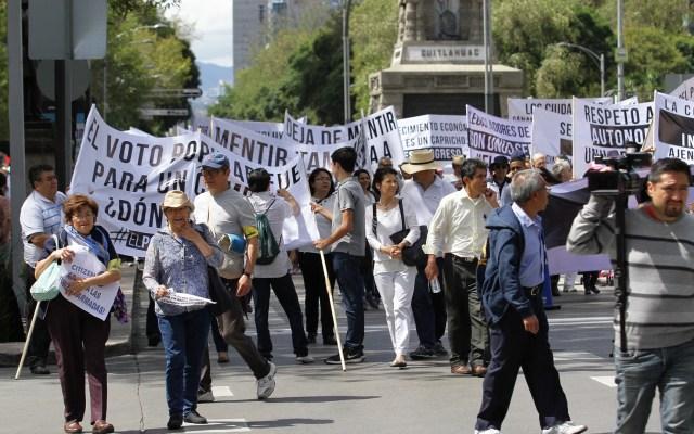 Gobierno capitalino prepara marco de actuación contra marchas y bloqueos - Marcha en la Ciudad de México. Foto de Notimex
