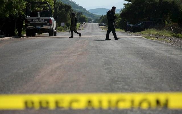Más de 30 delincuentes emboscaron a policías en Michoacán - Michoacán Policía estatal operativo Aguililla