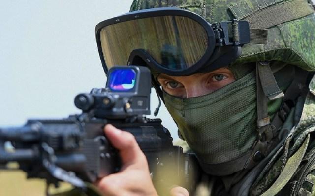 Soldado ruso asesina a ocho compañeros en base militar - Soldado de Rusia. Foto de @mil_ru