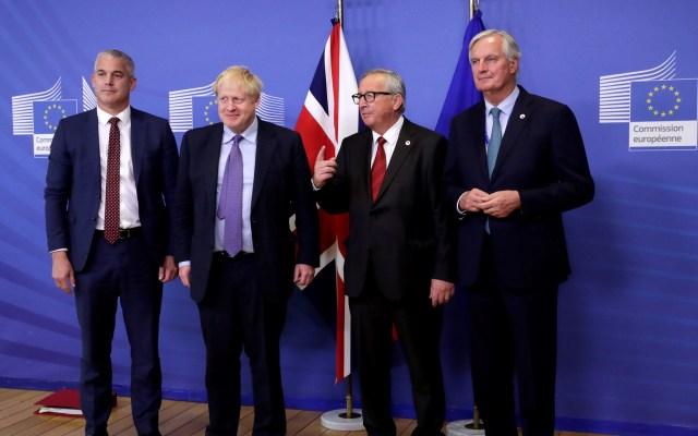 Unión Europea y Reino Unido alcanzan acuerdo para el 'Brexit' - Jefe negociador de la UE, Michel Barnier; presidente de la Comisión Europea, Jean-Claude Juncker; primer ministro británico, Boris Johnson, y el secretario para el Brexit, Stephen Barclay. Foto de EFE