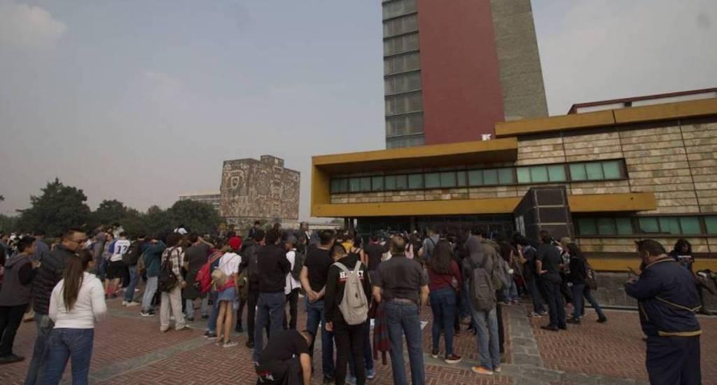 Trabajadores de la UNAM protestaron en Rectoría y bloquearon Insurgentes Sur - Foto de Archivo / Notimex.