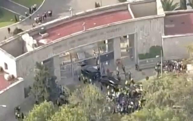 Llegan los restos de José José al Panteón Francés - Captura de pantalla