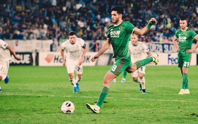 Raúl Jiménez marca el gol del triunfo del Wolverhampton en Europa League - Gol de Raúl Jiménez
