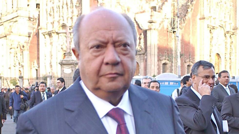 Sindicato petrolero pide a Pemex jubilación de Romero Deschamps - Carlos Romero Deschamps.