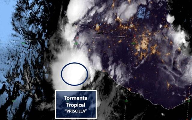 Depresión se intensifica a tormenta tropical 'Priscilla'; avanza hacia Colima - Tormenta tropical Priscilla en el Océano Pacífico. Foto de SMN