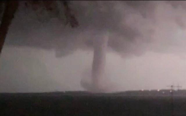 #Video Poderoso tornado afecta norte de Dallas, Texas - Tornado en Dallas. Captura de pantalla / @BillyForney3