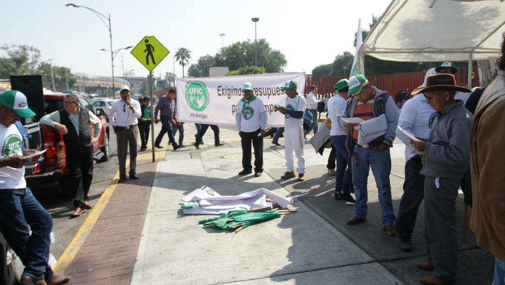 Líderes campesinos alistan mega plantón en San Lázaro - Foto de Notimex
