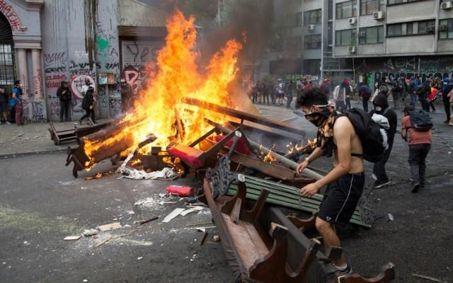 Chile cumple tres semanas de protestas con una masiva marcha en Santiago - Foto de EFE
