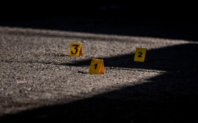 Asesinan en Sonora a exfutbolista de Xolos - Contabilización de disparos. Foto de Notimex