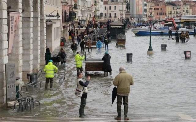 Venecia sufre 'devastación apocalíptica' por inundación - Inundación en Venecia. Foto de EFE