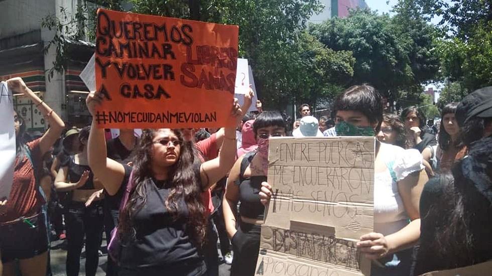 La ruta que seguirá la marcha feminista este 25 de noviembre - Marcha feminista en la Ciudad de México. Foto de @PanyRosasMexico