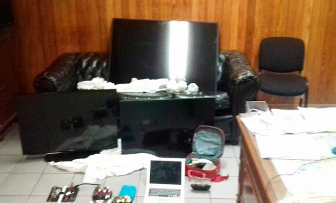Mudanceros banda robos casa habitación