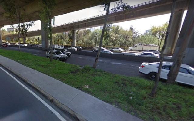 Choque de auto complica tránsito en Periférico Sur - Foto de Google Maps