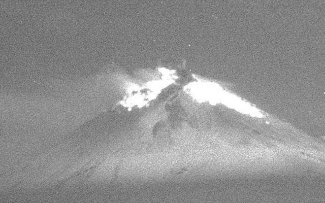Popocatépetl emite 221 exhalaciones en las últimas 24 horas - Volcán Popocatépetl. Foto de Cenapred