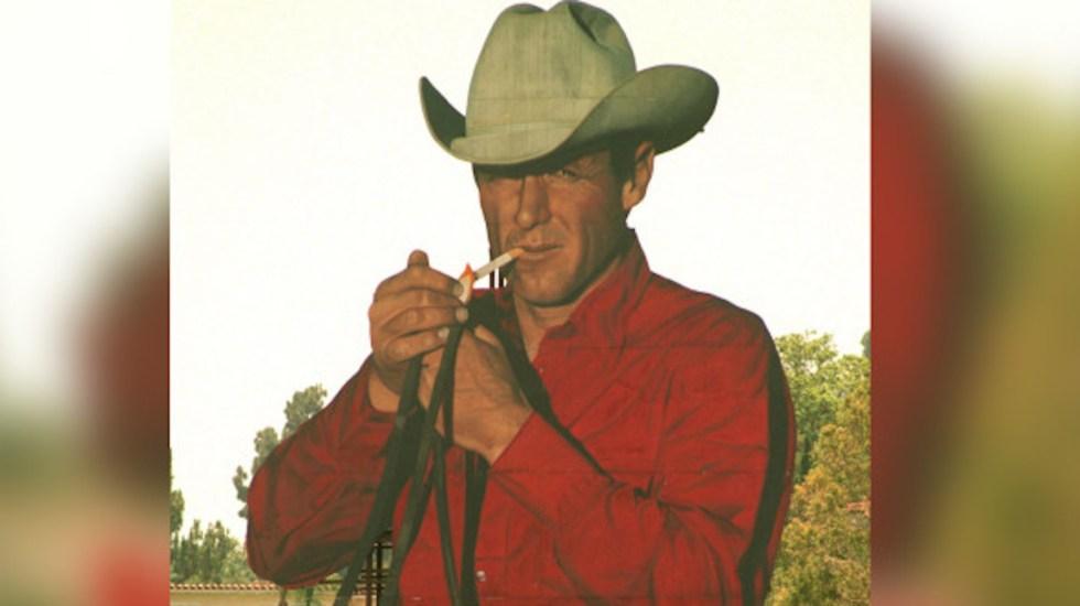 Murió a los 90 años Robert Norris, imagen de los cigarros Marlboro - Foto de New York Post.