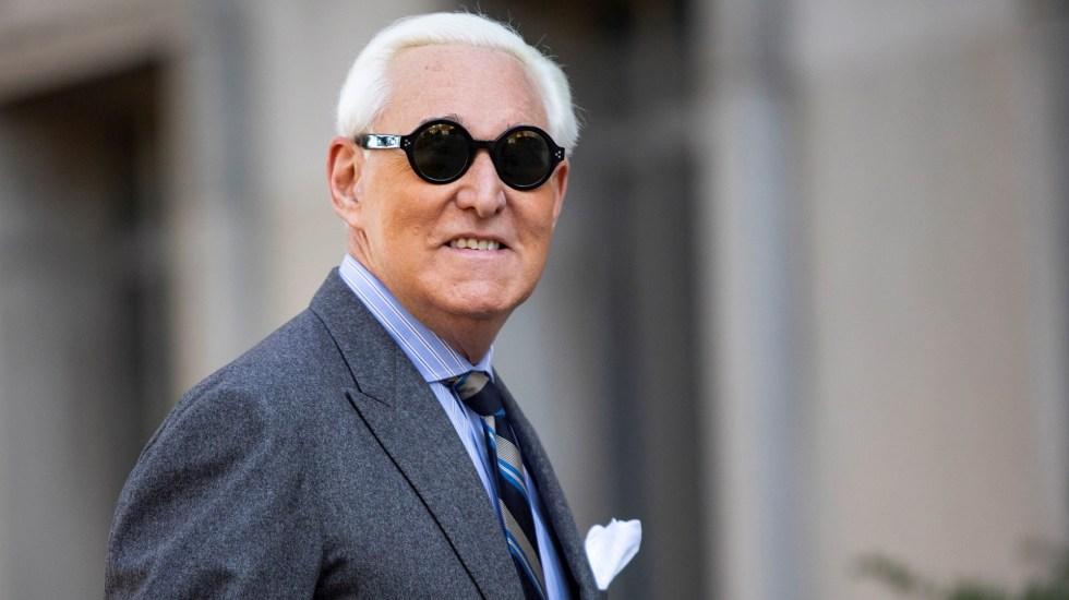 Declaran culpable de 7 cargos a Roger Stone, exasesor de Trump, en caso ligado a trama rusa - Roger Stone. Foto de EFE/EPA/SAM CORUM