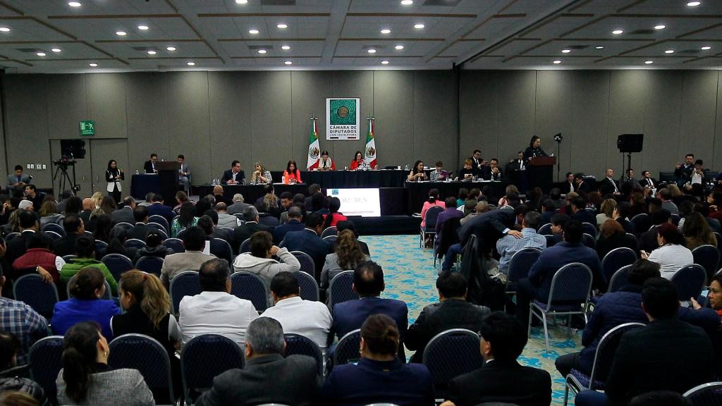 Diputados aprueban el Presupuesto 2020; se turna al Ejecutivo - Sesión en Expo Santa Fe de diputados para aprobar el PEF 2020. Foto de Notimex