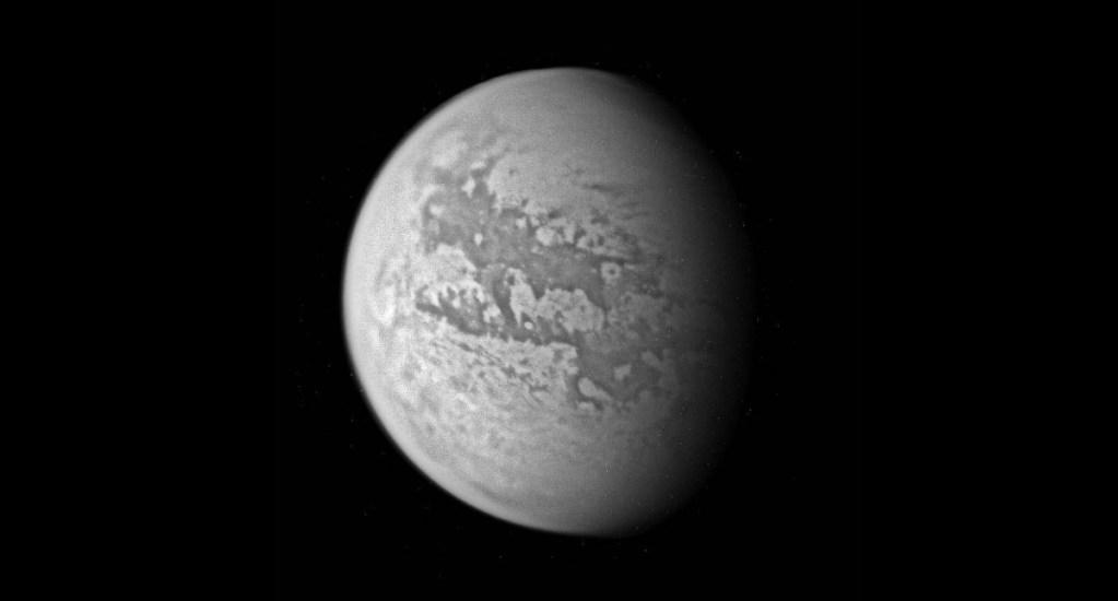 Mapa geográfico de luna de Saturno muestra gran similitud con la Tierra - Titán luna Saturno