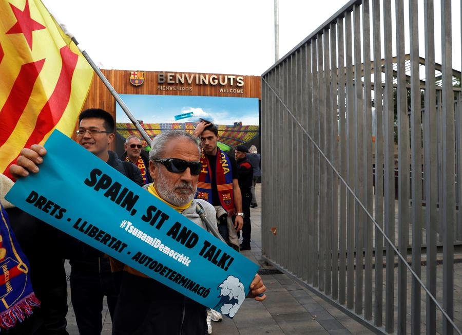 Protestas colmarán el Camp Nou durante el Barcelona vs Real Madrid