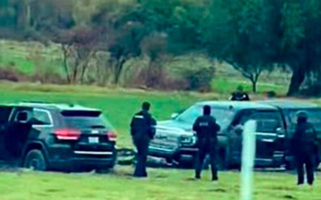 Guardia Nacional repele ataque armado en la carretera Celaya-Salamanca - Agentes sobre la autopista Celaya-Salamanca. Foto de @SenorMictlan