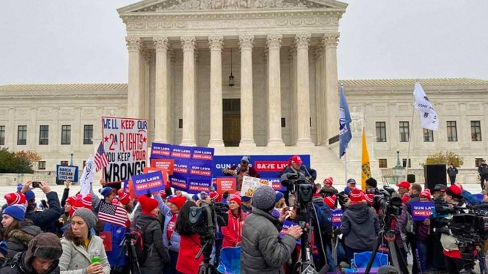 Suprema Corte de Estados Unidos aborda caso de posesión de armas - Protestas afuera de la Suprema Corte de Estados Unido