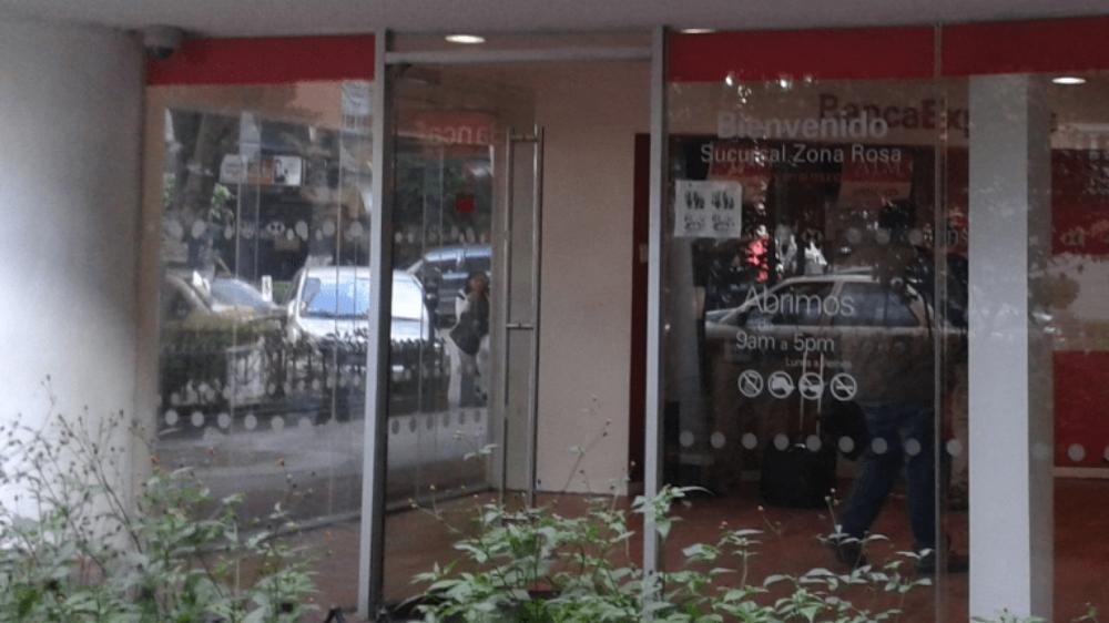 Bancos permanecerán cerrados este 1 de enero - Foto de Google Maps
