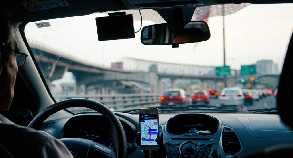 SEMOVI precisa aplicación de medidas contra conductores que viajen solos - En dicha nota informativa se señala que se multarán a los conductores que viajen solos en las vías principales de la capital