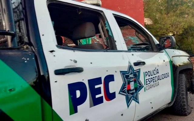 Buscan a tres personas desaparecidas tras enfrentamiento en Villa Unión - Daños a patrulla de Villa Unión durante enfrentamiento. Foto de EFE
