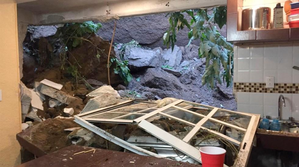 Deslave afecta viviendas en Álvaro Obregón; no hay lesionados - Deslave afecta casas en alcaldía Álvaro Obregón; no hay lesionados