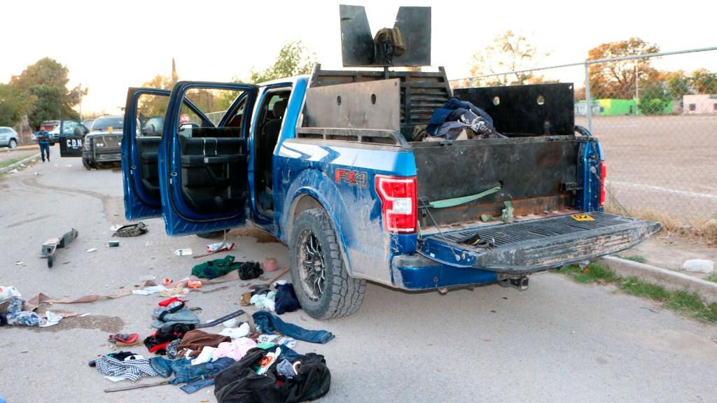 Sí hay cárteles de la droga, pero no narcoterrorismo, sentencia Sánchez Cordero - Destrozos en camioneta involucrada en enfrentamiento en Villa Unión. Foto de EFE
