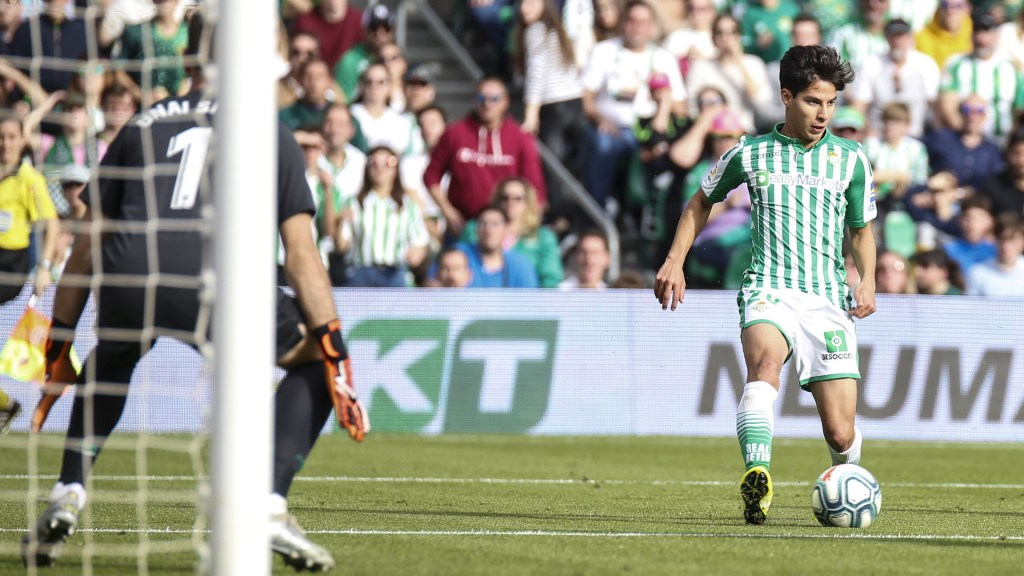 Diego Lainez regresa a la titularidad y Betis derrota al Atlhetic - Diego Lainez Real Betis partido
