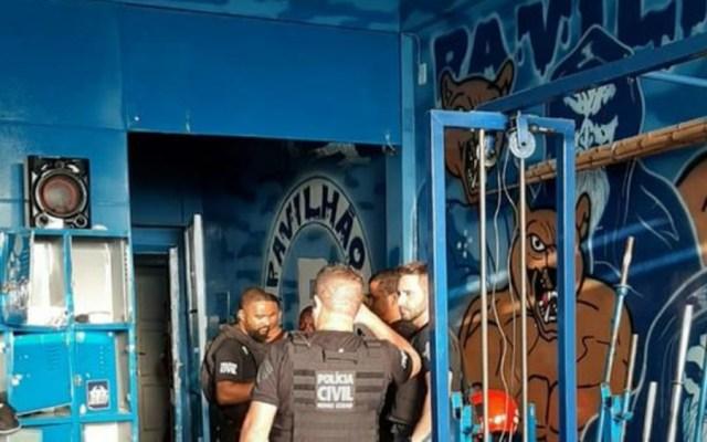Detienen a aficionados del Cruzeiro por vandalismo en estadios - Detienen a aficionados del Cruzeiro por vandalismo en estadios