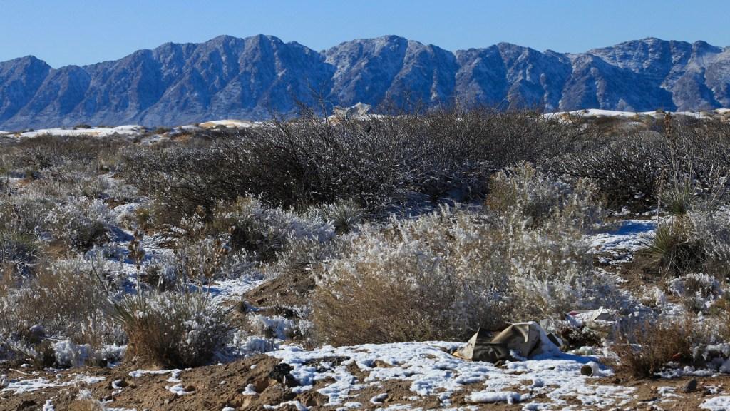 Frío intenso golpea a Ciudad Juárez, Chihuahua - Ciudad Juárez padece caída de aguanieve y bajas temperaturas por frío intenso. Foto de Notimex