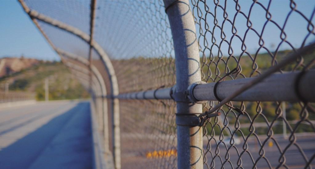 Prospera industria de detenciones a migrantes bajo la administración Trump - Centros de detención de migrantes de Estados Unidos. Foto de Unsplash