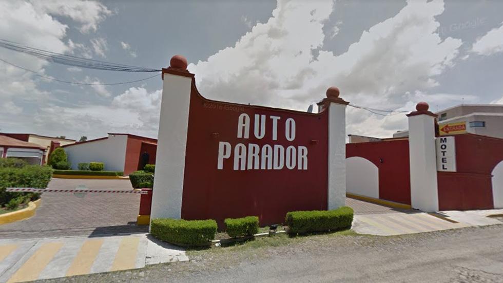 Adolescente acuchilla en motel de Querétaro a anciano - Motel Autoparador San Juan en Querétaro. Foto de Google Maps