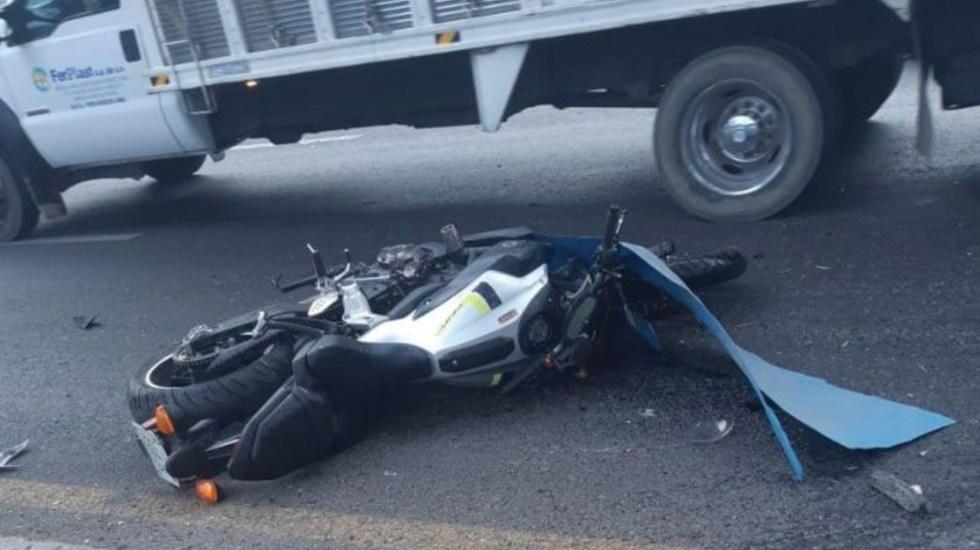 Muere motociclista al chocar contra un tráiler en Texcoco - Foto de Debate