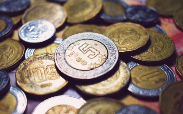 Senado emite declaratoria que aprueba prohibición de condonar impuestos - El peso mexicano continuó desplomándose este jueves a causa de la crisis del coronavirus y de la caída del precio del petróleo